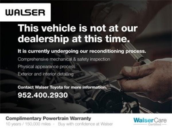 2017 Nissan Pathfinder in Bloomington, MN