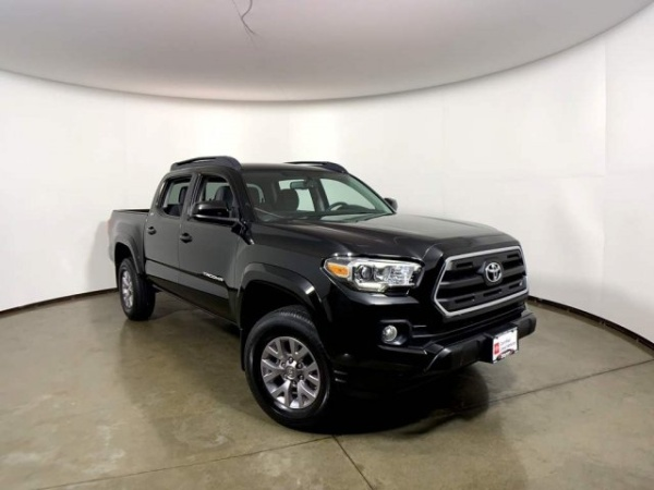 2017 Toyota Tacoma in Madison, WI