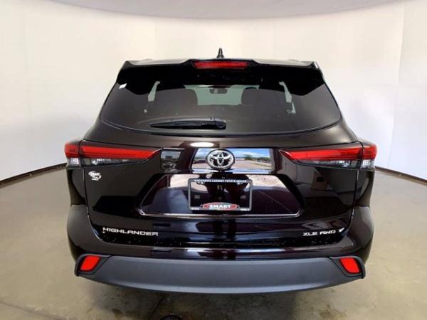 2020 Toyota Highlander in Madison, WI