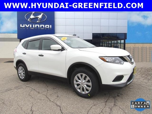 2016 Nissan Rogue in Greenfield, WI