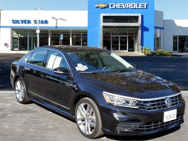 2017 Volkswagen Passat in Thousand Oaks, CA