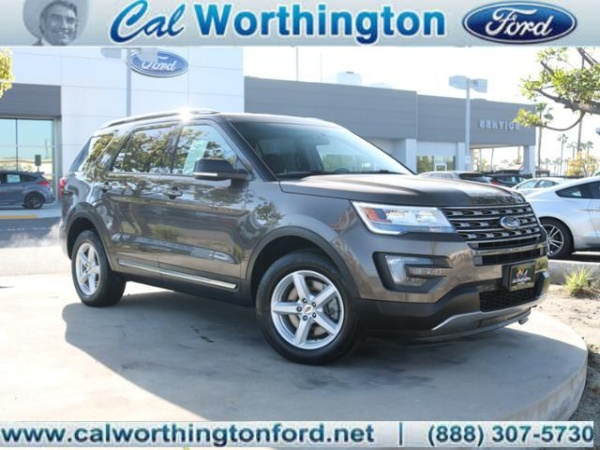 2016 Ford Explorer in Long Beach, CA