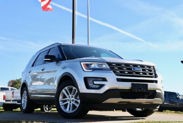 2017 Ford Explorer in Canton, GA
