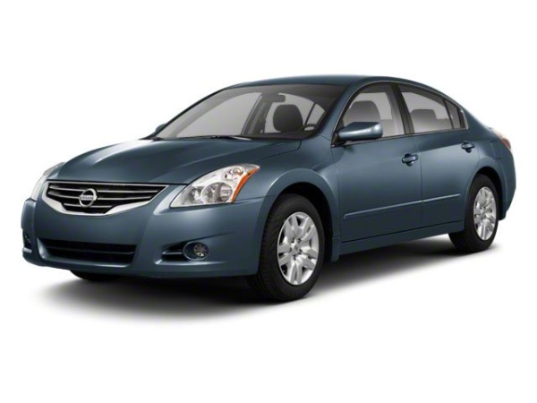2010 Nissan Altima in Hanover, PA