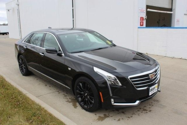 2017 Cadillac CT6 in Pleasent Hill, IA