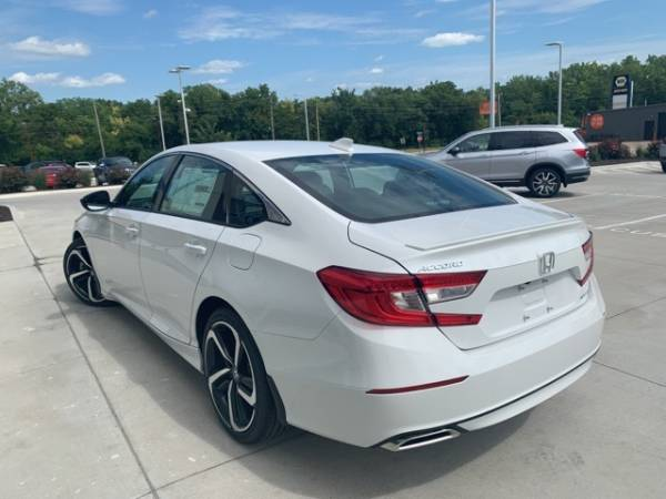 2020 Honda Accord in Topeka, KS