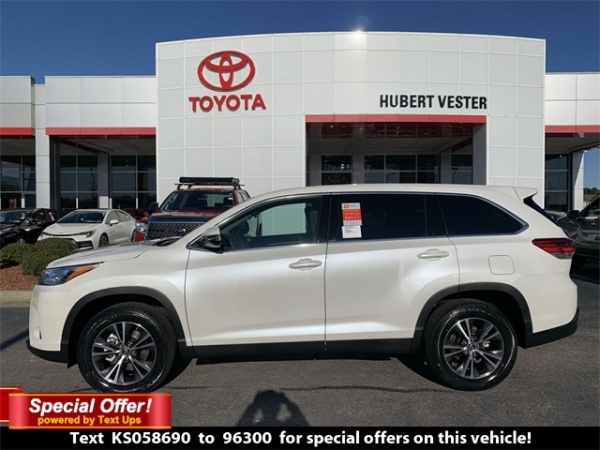2019 Toyota Highlander in Wilson, NC