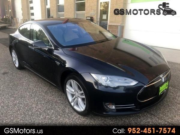 2014 Tesla Model S in Hopkins, MN