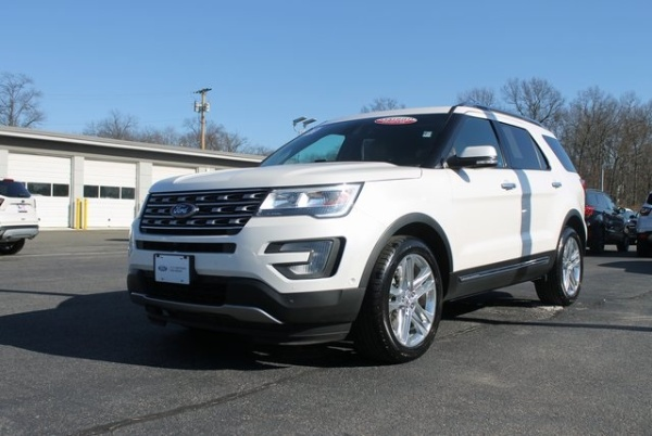2017 Ford Explorer in Milford, CT