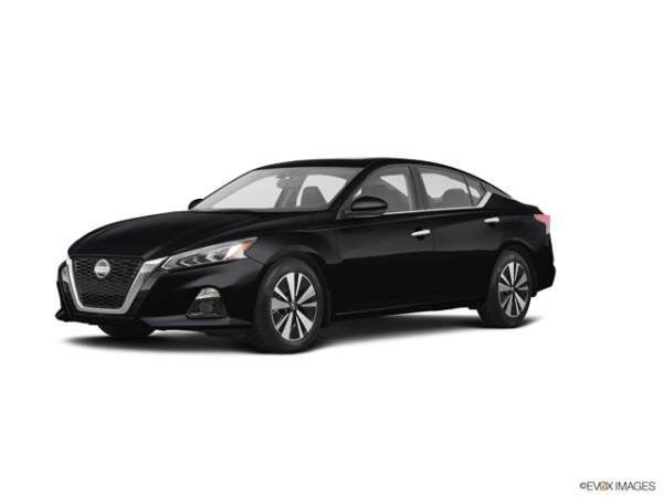 2020 Nissan Altima in Manchester, NH