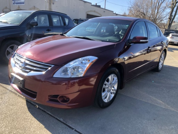 2010 Nissan Altima in Parma, OH