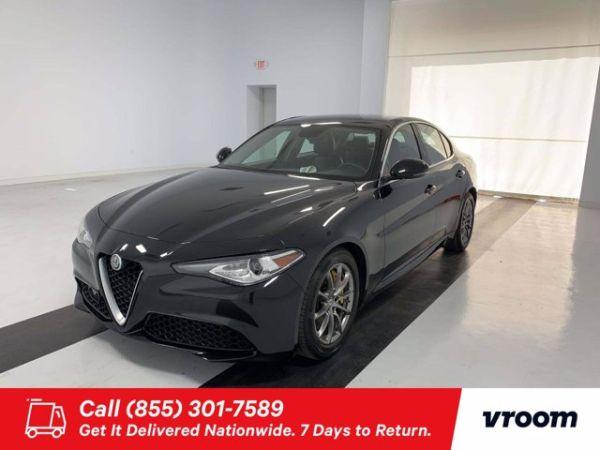 2018 Alfa Romeo Giulia Standard
