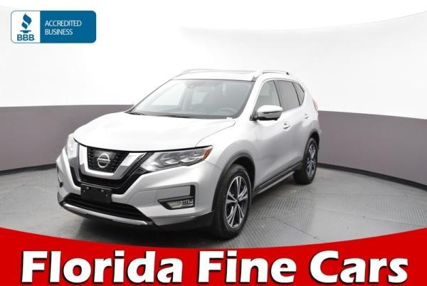 2017 Nissan Rogue in Miami Gardens, FL