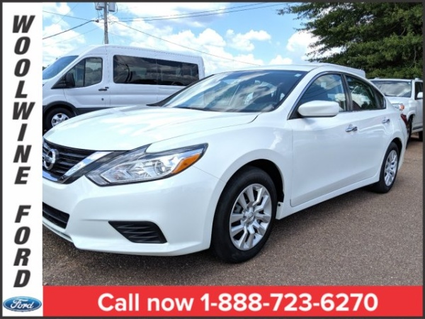 2018 Nissan Altima in Collins, MS