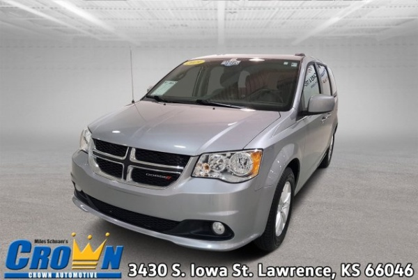 2019 Dodge Grand Caravan in Lawrence, KS