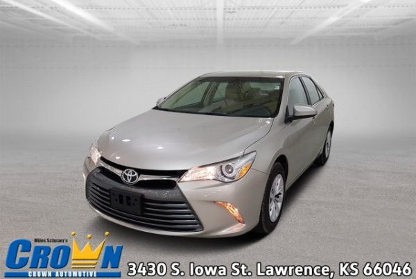 2016 Toyota Camry in Lawrence, KS