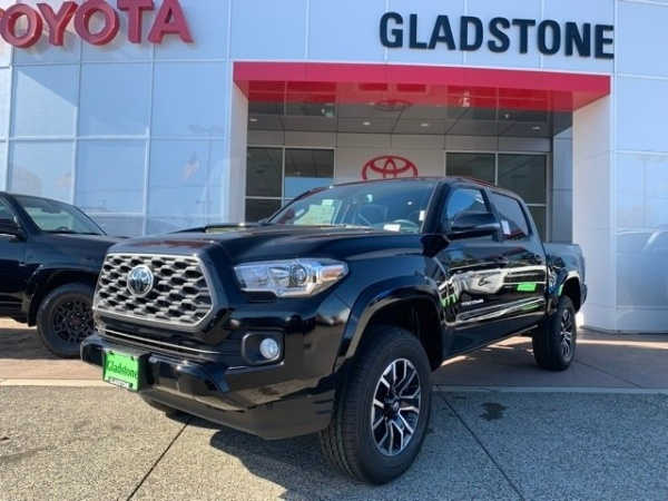 2020 Toyota Tacoma in Gladstone, OR