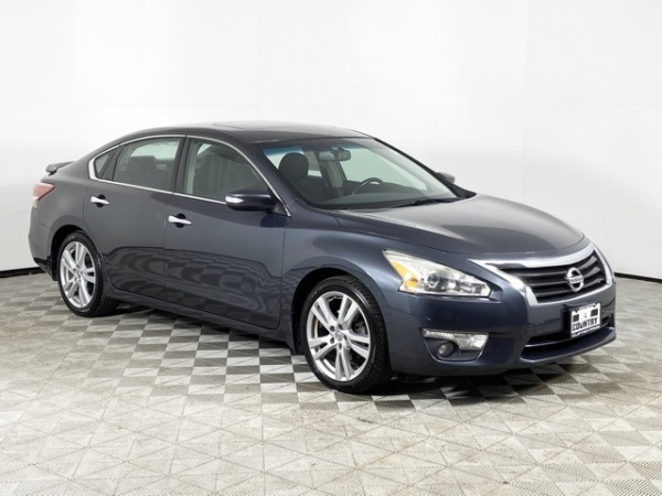 2013 Nissan Altima in Mechanicville, NY