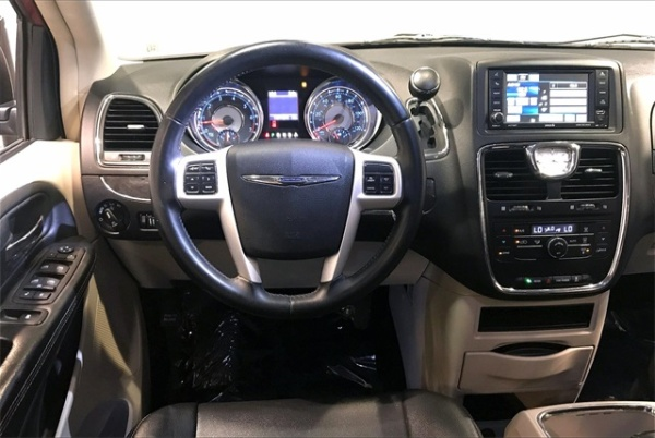 2015 Chrysler Town & Country in Stafford, VA