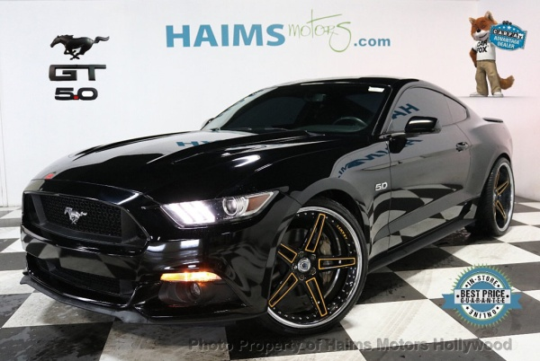 2016 Ford Mustang in Hollywood, FL