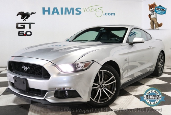 2017 Ford Mustang in Hollywood, FL