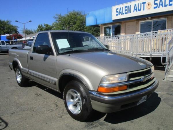 2000 Chevrolet S-10 in Sacramento, CA