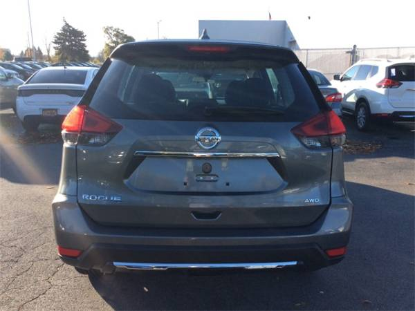 2020 Nissan Rogue in Liverpool, NY