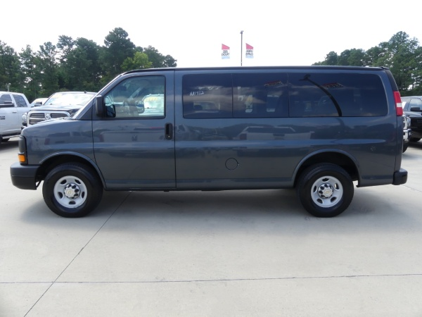 2014 Chevrolet Express Passenger in Cullman, AL