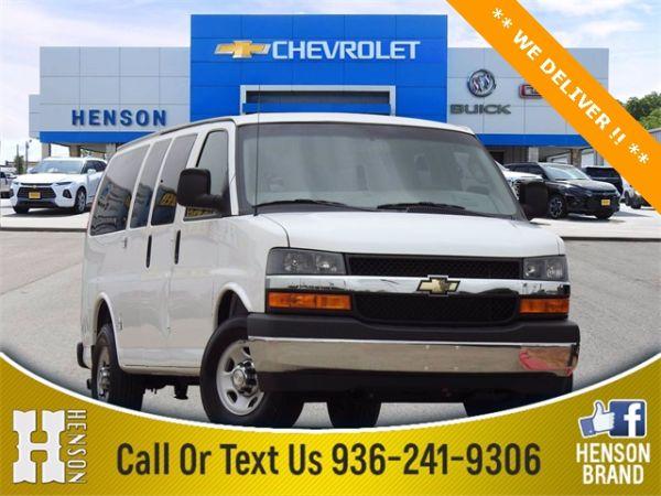 2019 Chevrolet Express Passenger in Madisonville, TX