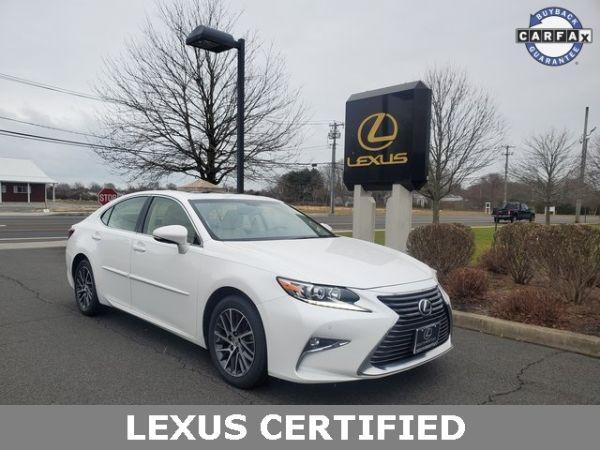 2016 Lexus ES in Southampton, NY