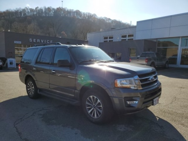 2017 Ford Expedition in White Oak, PA