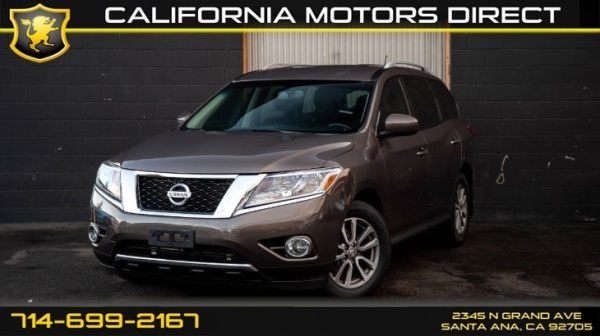 2015 Nissan Pathfinder in Santa Ana, CA