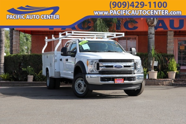 2017 Ford Super Duty F-550 XLT