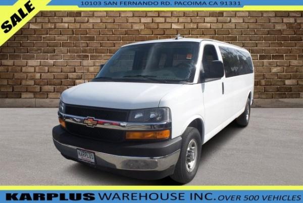 2017 Chevrolet Express Passenger in Pacoima, CA