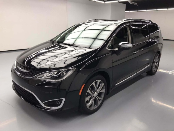 2017 Chrysler Pacifica in Stafford, TX