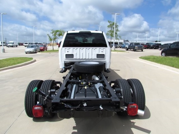2020 Ford Super Duty F-450 Chassis Cab in Denton, TX