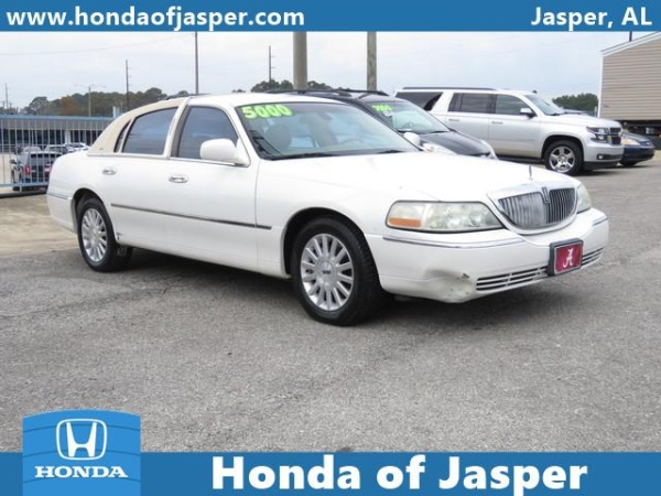 2003 Lincoln Town Car in Jasper, AL