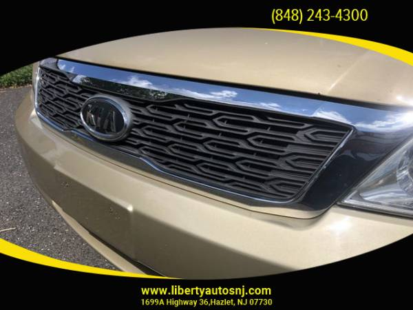 2011 Kia Sedona in Hazlet, NJ