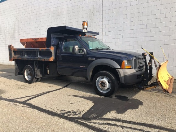 2005 Ford Super Duty F-450 Chassis Cab in Murrysville, PA
