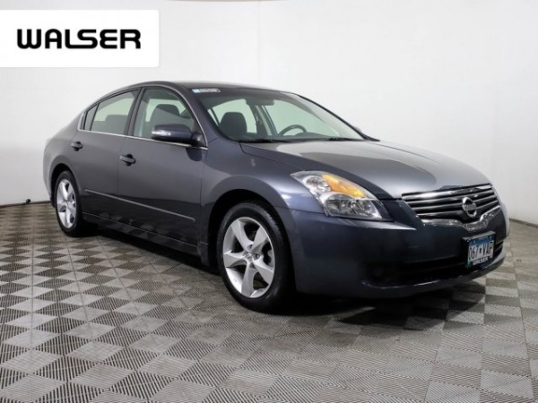 2009 Nissan Altima in Burnsville, MN