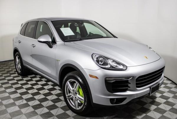 2016 Porsche Cayenne in MONTCLAIR, CA