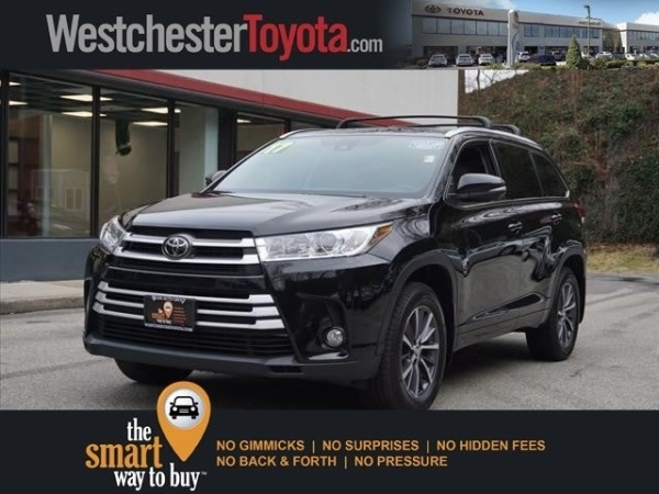 2017 Toyota Highlander in Yonkers, NY