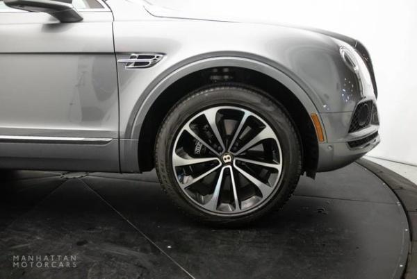 2020 Bentley Bentayga in New York, NY