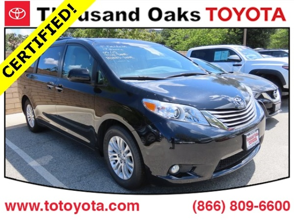 2017 Toyota Sienna in Thousand Oaks, CA