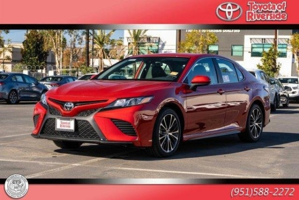 2020 Toyota Camry in Riverside, CA