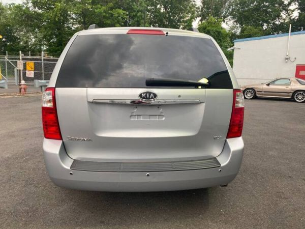 2009 Kia Sedona in Teterboro, NJ
