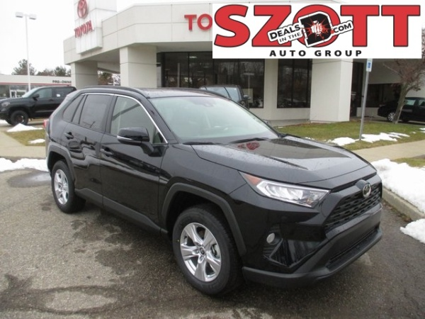 2020 Toyota RAV4 in Waterford Township, MI