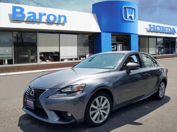 2016 Lexus IS in Patchogue, NY
