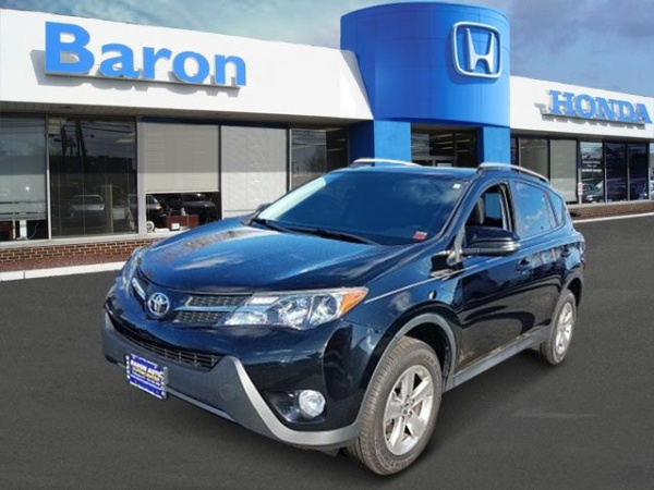 2015 Toyota RAV4 in Patchogue, NY
