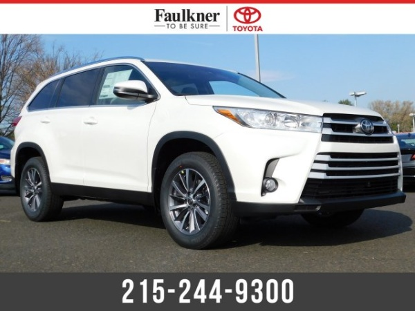 2019 Toyota Highlander in Trevose, PA